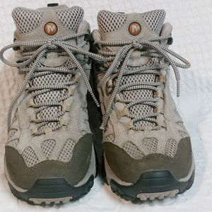 Merrell Moab 2 Ventilated Hiking Boots